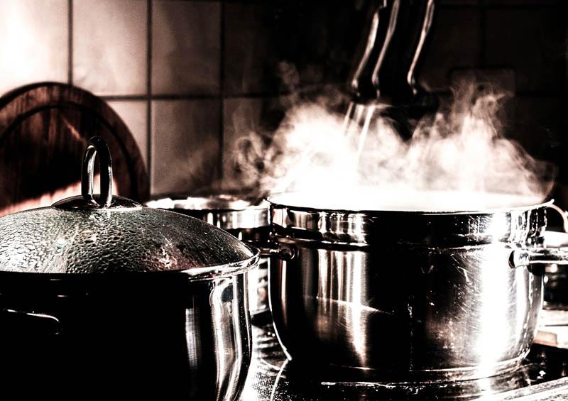 Sistemi di cottura nella cucina professionale: quali sono